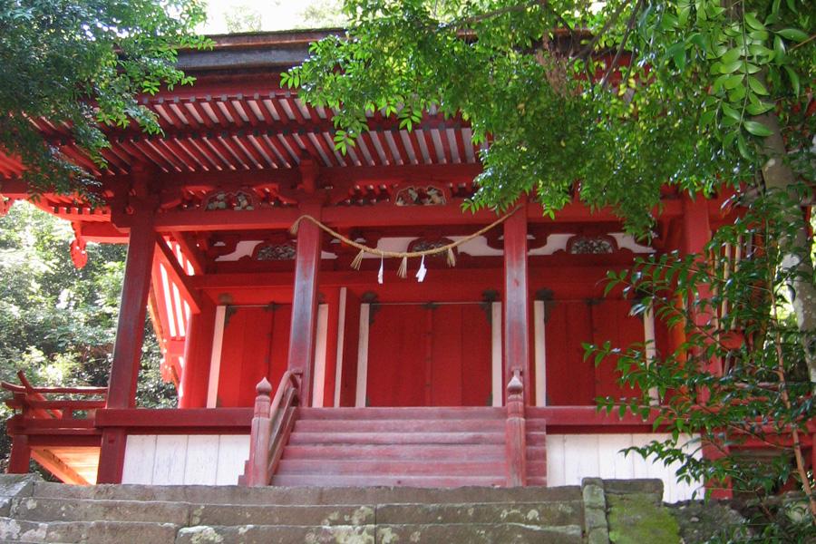 染羽天石勝神社